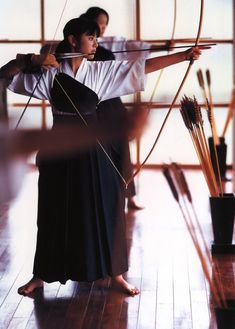 #Japanese #archery Kyudo (弓道 kyūdō?, way of the bow) is the Japanese martial art (gendai budō) of archery; kyudo practitioners are referred to as kyūdōka (弓道家?). Kyudo is based on kyūjutsu (art of archery), which originated with the samurai class of feudal Japan. Source: wikipedia.