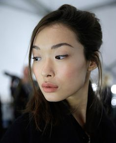 The Best Beauty Looks From Fall 2015 Fashion Week - Carmen Marc Valvo  - from InStyle.com