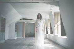 Donatelle Godart – Collection robes de mariée 2016 || Bridal fashion Donatelle Godart | www.desideespourunjolimariage.com