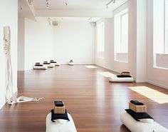 YOGA-love the light and airy quality Google Image Result for http://www.internationalorange.com/wp-content/uploads/2009/01/io-yoga-studio.jpg