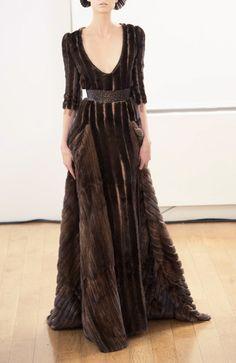 Julien Fournie Haute Couture Fall 2013 (Faux Fur I hope) Julien Fournié, Beautiful Gowns, Dress To Impress, Fashion Show, Couture Fashion, Runway, Dacey Mormont, Lyanna Mormont, Style