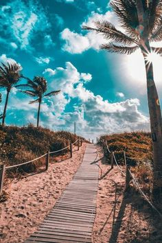 South Beach, Miami by - Summer Vibes South Beach Miami, Miami Florida, Florida Keys, Beautiful World, Beautiful Places, Beautiful Beach, Pretty Beach, Beautiful Scenery, Way To Heaven