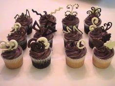 E hoje vai ser uma festa!: Passo a Passo: Desenhos de chocolate