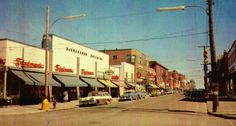 Tummins downtown 1950s Quebec, Ontario, 1950s, Bears, Street View, Canada, City, Places, Lugares