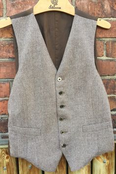Vintage/tweed/herringbone/men's/lined/vest/original buttons by WifinpoofVintage on Etsy Tweed Vest, Gatsby Style, Mens Fitness, Herringbone, Vintage Men, Boho Fashion, Buttons, The Originals, Boho Style