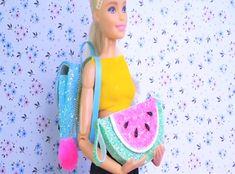 Barbie diy DIY Barbie Crafts and Hacks Barbie Dolls Diy, Sewing Barbie Clothes, Barbie Clothes Patterns, Barbie Doll House, Barbie Dream, Mattel Barbie, Barbie Stuff, Barbie Tattoo, Accessoires Barbie