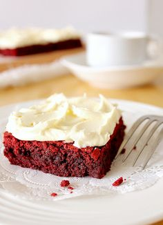 Moist, fudgy Red Velvet Brownies with White Chocolate Frosting... how can you possibly resist?
