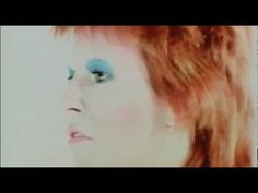 David Bowie Life On Mars Official Video 1973 [HD]