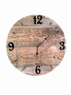 Most current Totally Free Barn Wood clock Ideas Utilizing reclaimed wood has been pretty favorite pertaining to a few minutes and also two. Making a barnwood . Rustic Wall Clocks, Unique Wall Clocks, Wood Clocks, Reclaimed Wood Shelves, Reclaimed Barn Wood, Rustic Barn, Barn Wood Decor, Barn Wood Projects, Clocks Inspiration