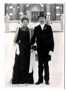 1800s Bride and Groom