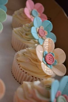 Button Flower Cupcakes