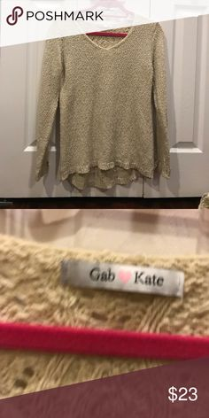 Gab and Kate sweater Cute and light sweater perfect for summer!! Sweaters Crew & Scoop Necks
