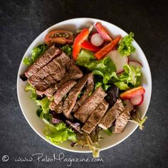 15-Minute Crunchy Steak Salad Recipe #paleo #keto #recipe http://paleomagazine.com/fast-keto-steak-salad-recipe