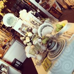 Spring Table :: Visual Merchandising