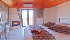 Εορτές στη Λίμνη Τριχωνίδα, στο Θέρμιος Απόλλων μόνο με 149€!