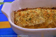 Pescada com broa no forno - http://www.receitasparatodososgostos.net/2017/01/28/pescada-com-broa-no-forno/