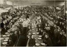 Belgische vluchtelingen in Amsterdam aan het begin van de Eerste Wereldoorlog.