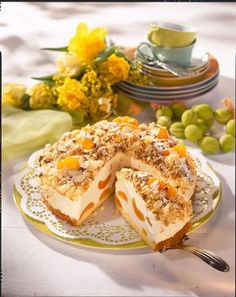 Unser beliebtes Rezept für Eierlikör-Flocken-Torte und mehr als 55.000 weitere kostenlose Rezepte auf LECKER.de.