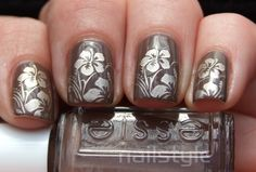 Nailstyle: Essie Hot Coco with new Bundle Monster stamping!
