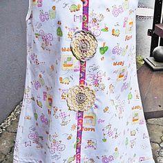 Kleid, Sommerkleid, weiß, bunt, Gr. 98/104. In Handarbeit hergestellte Ware von Ra-Mi-Fashion-Dreams. Jedes Teil ein Einzelstück. Stöbern Sie gerne in meinem Online-Shop und kaufen schöne Handmade Ware. Handmade, Kinderkleidung, Einzelstück, Farbenmix