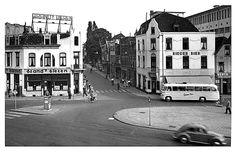 Stationsplein. rond 1955. Heerlen.