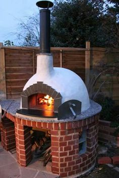 28 Outdoor Wood-fired Ovens Help to Jazz Up Your Backyard Time 28 Outdoor Wood-fired Ovens He. Wood Oven, Wood Fired Oven, Wood Fired Pizza, Outdoor Entertaining, Outdoor Cooking, Wood Pizza, Bread Oven, Pizza Oven Outdoor, Home Pizza Oven