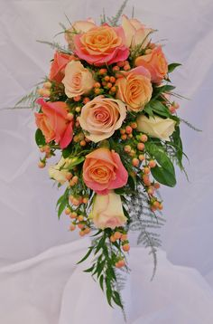 Bridal shower bouquet in Miss Piggy and Kiwi roses and pink Hypericum. - Bridal shower bouquet in Miss Piggy and Kiwi roses and pink Hypericum. Bridal shower bouquet in Miss Piggy and Kiwi roses and pink Hypericum. Bridal Shower Bouquet, Bridal Bouquet Pink, Bridal Flowers, Flower Bouquet Wedding, Rose Bouquet, Floral Wedding, Cascading Wedding Bouquets, Cascade Bouquet, Bride Bouquets