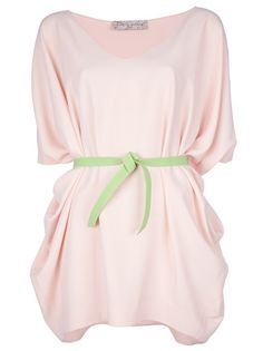 Pink oversized dress from carta e costura featuring a v neck, wide three quarter length sleeves and a contrast green tie belt around the waist. :) M