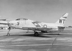 North American's Fury was a swept-wing carrier-capable fighter-bomber designed for the U. Navy and Marine Corps. Military Jets, Military Aircraft, Air Machine, Sports Flyer, United States Navy, Aviation Art, Gliders, Marine Corps, Usmc