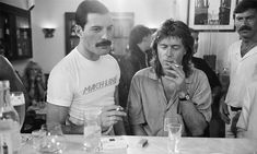 """Having produced four Queen albums and Freddie Mercury's 'Mr Bad Guy', Reinhold Mack saw the singer's """"genius"""" working methods up close. Freddie Mercury Interview, Mary Austin Freddie Mercury, Queen Freddie Mercury, Queen Albums, Queen Photos, Somebody To Love, Brian May, Progressive Rock, Rock Legends"""
