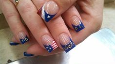 4th of July Acrylic Nails | 4th of July colored acrylic nails