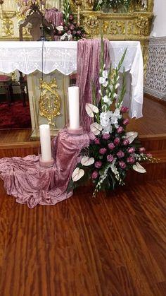 Church Flower Arrangements, Artificial Flower Arrangements, Church Flowers, Funeral Flowers, Floral Arrangements, Church Altar Decorations, Flower Decorations, Wedding Decorations, Altar Design