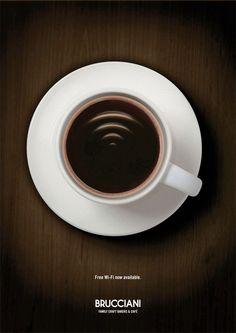 Original campaña de información de WiFi disponible (Brucciani cadena de cafeterías)