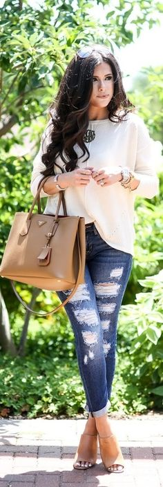 Boyfriend Jeans For Fall / Fashion By The Sweetest Thnig