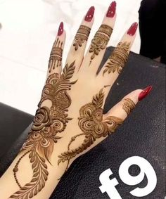 Mehndi henna designs are searchable by Pakistani women and girls. Women, girls and also kids apply henna on their hands, feet and also on neck to look more gorgeous and traditional Henna Hand Designs, Dulhan Mehndi Designs, Mehandi Designs, Mehndi Designs Finger, Modern Henna Designs, Khafif Mehndi Design, Latest Henna Designs, Floral Henna Designs, Simple Arabic Mehndi Designs