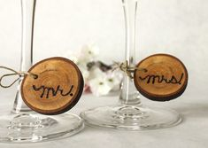 Creative-wedding-ideas-from-etsy-mr-and-mrs-decor-rustic-wine-charms.original