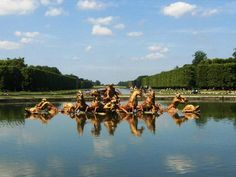 One of the fountains but not activated Chateau de Versailles