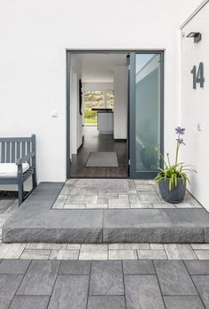 Patio Steps, Back Garden Design, Modern Garden Design, Outside Living, Outdoor Living, Front House Landscaping, Brick Paver Patio, Terrace Floor, Backyard Pool Designs