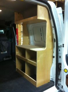 "Foto: Ford Transit Connect Camper Van DIY flat pack Kit Cabinets Minivan Nissan nv200 nv1500 nv2500 dodge ducato doblo moreheaddesignlab.com morehead design laboratories ""ford Transit Connect Camper""  ""transit connect Camper""  ""connect camper"""