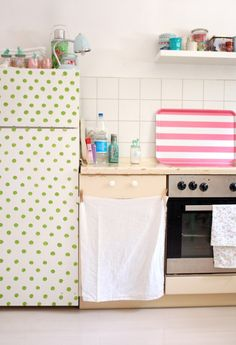 Dots and stripes | This girl's apartment in Cologne, Germany is adorbs!!!