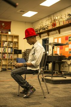 Music superstar and entrepreneur Pharrell Williams is helping kids in his hometown of Virginia Beach learn how to turn dreaming into doing. August 2014