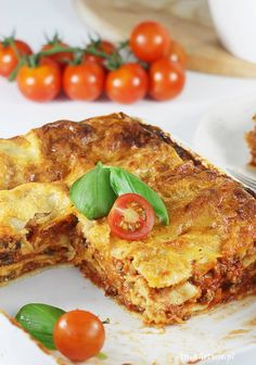 Lazania.  Lasagne recipe. Lasagne Recipes, Pasta Recipes, Lazania Recipe, Traditional Lasagna, Lasagna Soup, Lasagna Rolls, Aga, Quiche, Nom Nom