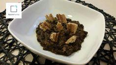 Fagioli neri con macinato vegetale e pane integrale tostato