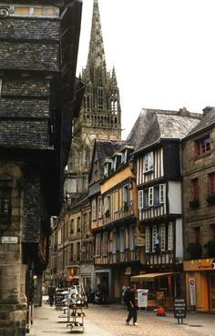 Quimper ,Bretagne, France I love the poetry from here! Places Around The World, Oh The Places You'll Go, Places To Travel, Places To Visit, Around The Worlds, Wonderful Places, Beautiful Places, Region Bretagne, Belle France