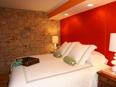45 Home Interior Design with Red Decorating Inspiration Red Bedroom Walls, Red Bedroom Design, Warm Bedroom, Bedroom Orange, Bedroom Paint Colors, Modern Bedroom, Master Bedrooms, Guest Bedrooms, Bedroom Designs