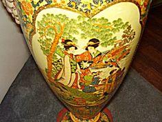 Large Sitsumo Urns/Vases