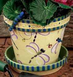 Put Some Buzzzz in your Summer project from DecoArt
