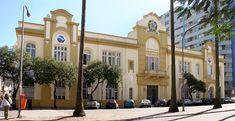PORTO ALEGRE-RS, BRASIL. Prédio da antiga Alfândega (atualmente Inspetoria da Receita Federal). By Ricardo André Frantz.