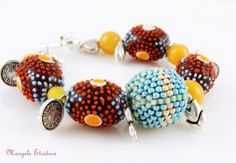 Chunky Lampwork Bead Bracelet Beaded Bead by MargeleEtcetera Beaded Bead, Agate Gemstone, Lampwork Beads, Beaded Bracelets, Gemstones, Unique Jewelry, Handmade Gifts, Etsy, Vintage