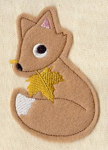 Maple Fox (Applique) design (UTZ1119) from UrbanThreads.com